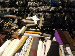 Italian fabrics couture / yarn tuscany only four business