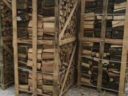 Kiln-dried firewood of hardwood (Oak, birch, ash, maple)